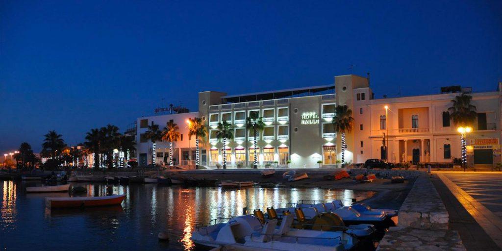 Hotel sul lungomare di porto cesareo
