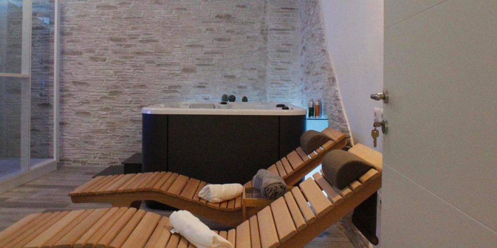 Camera con spa e centro benessere a porto cesareo