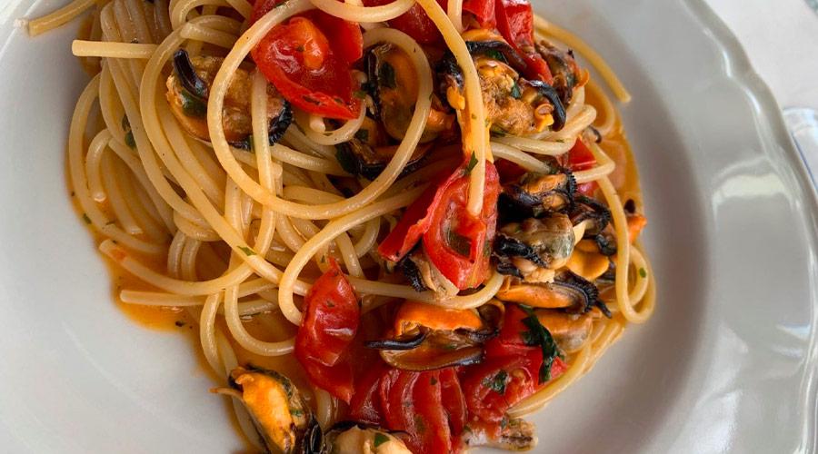 Spaghetti alle cozze presso il ristorante il gambero a porto cesareo